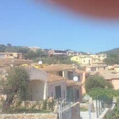 Villetta a schiera budoni casa vacanze a budoni olbia tempio for Alloggi budoni