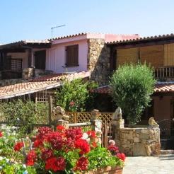 Residenza il vecchio pozzo appartamenti a budoni olbia for Alloggi budoni